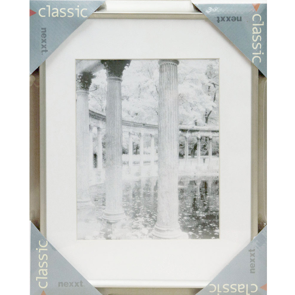 Large Classic Photo Frame