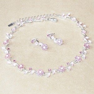 Floral Pink Crystal Choker