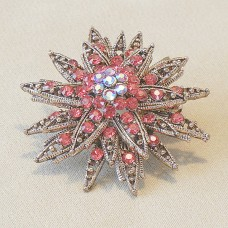 Brooch - Eleanor