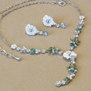 Floral Pure White Necklace