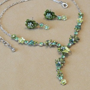 Floral Green Peridot Necklace
