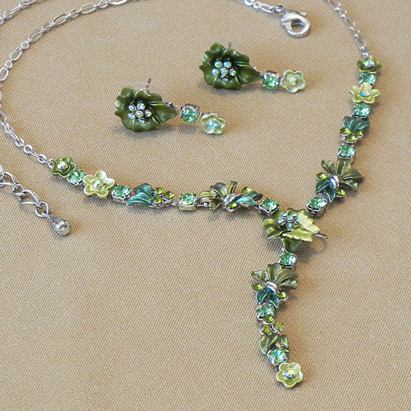 Jewel Set - Pansy green peridot