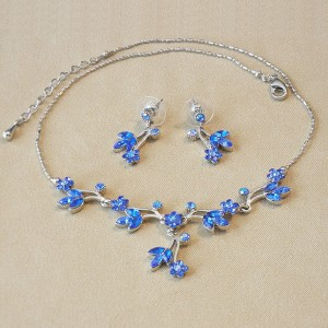Sapphire Crystal Floral Necklace