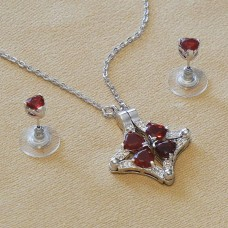 Loveclover Reversible Jewel Set