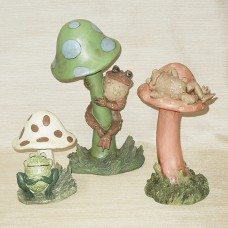 Toadstool Stake Set of Three - Toads on Mushroom