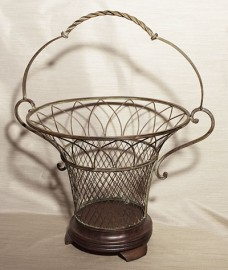 Decorative wrought iron fruit or flower basket