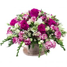 Aristocratic sweet melodies flower arrangement