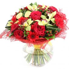 Season's Splendor Luxurious Fresh Flower Arrangement