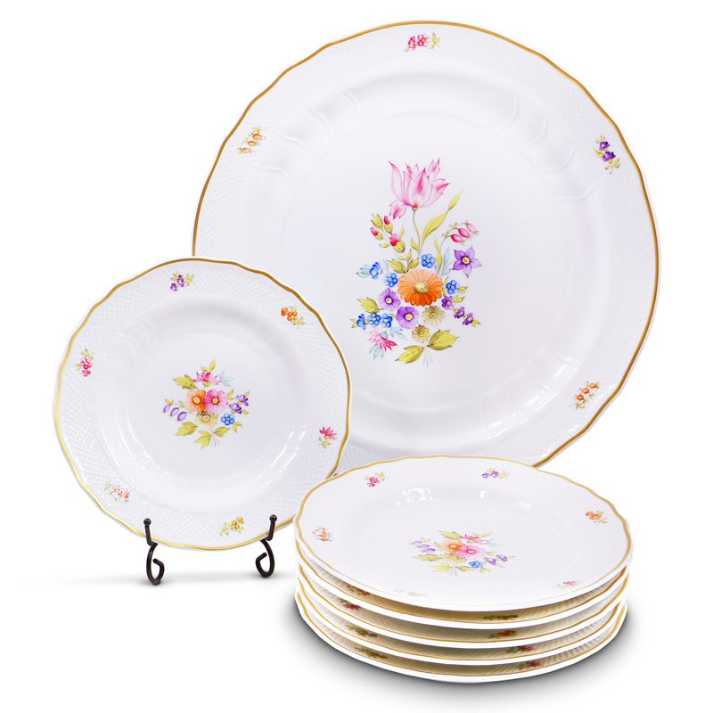 Alba Regia Cake Set Hand Painted - 21 Carat Gold Accent