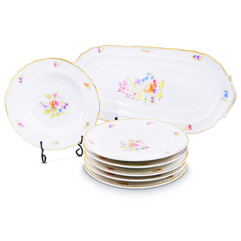 Alba Regia Oblong Cake Set Hand Painted - 21 Carat Gold Accent